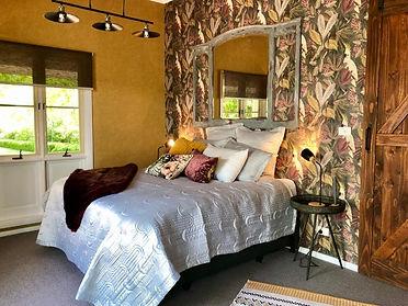 Barn Cottage Room.jpg