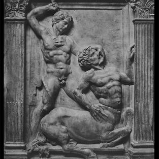 Hércules mata al Centauro Federighi - detalle de la pila bautismal - Catedral Capilla de San Juan