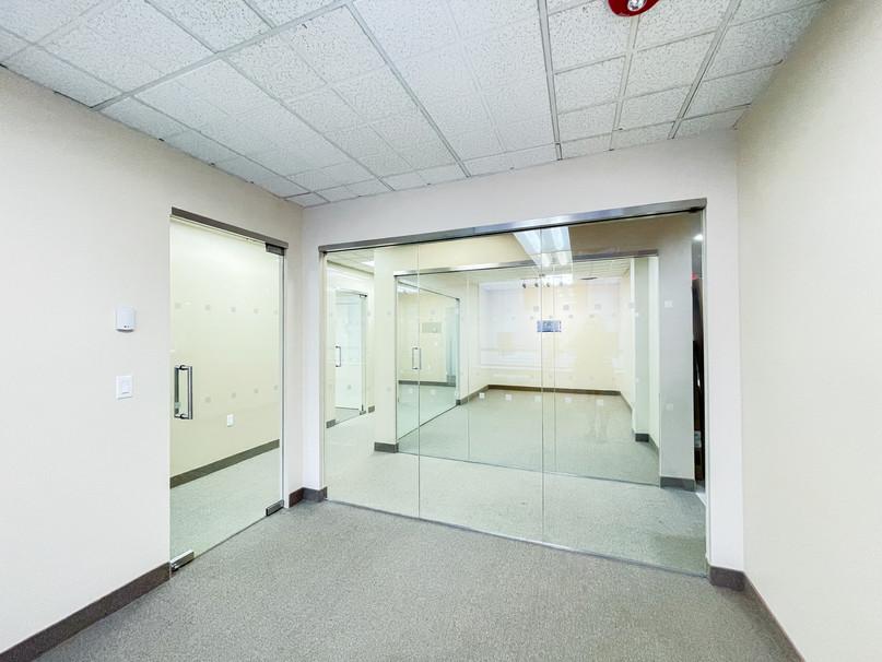 REALTY OFFICE-003.jpg