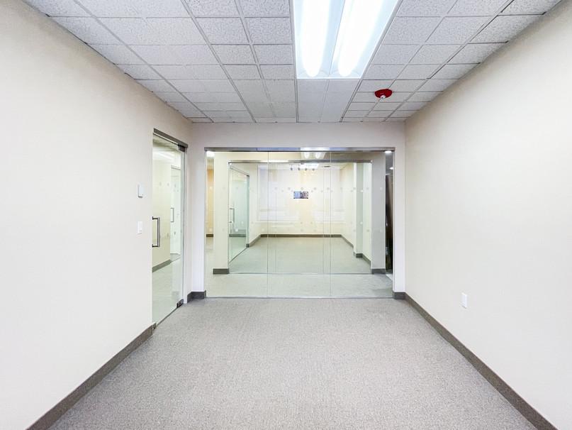 REALTY OFFICE-002.jpg