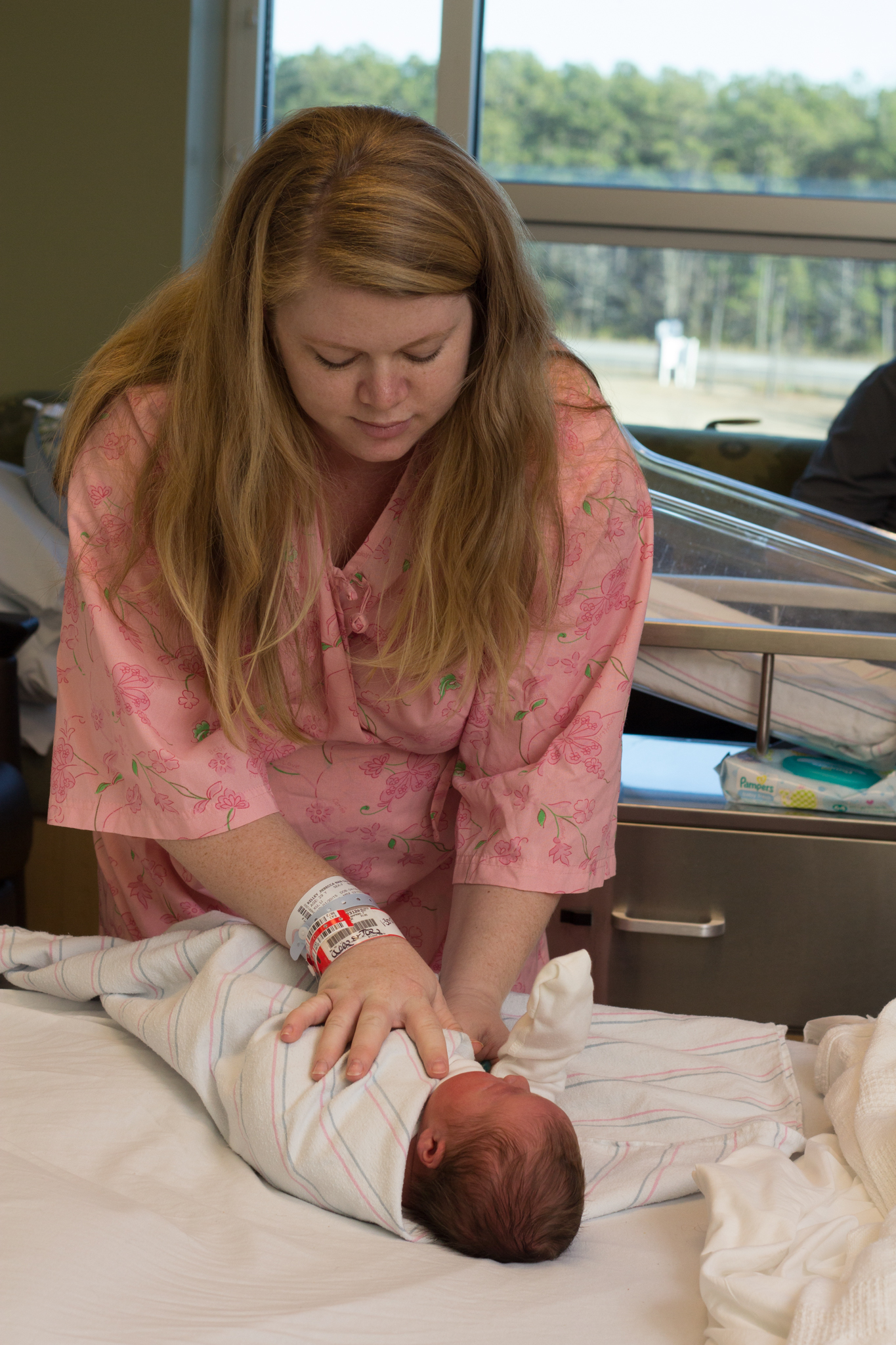 WILMINGTON-SOUTHPORT-HOSPITAL-BIRTH-PORTRAIT-PHOTOGRAPHER-6