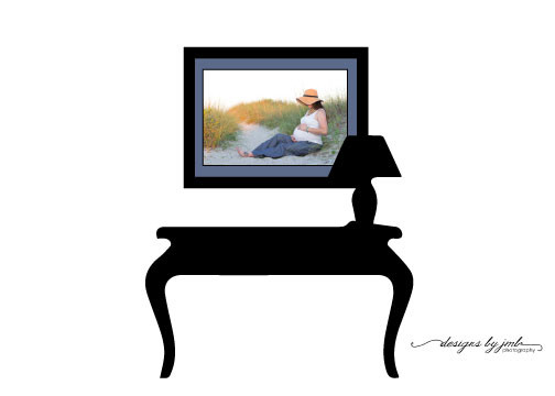 Coffee Table with Portrait of Maternity Session on the Beach