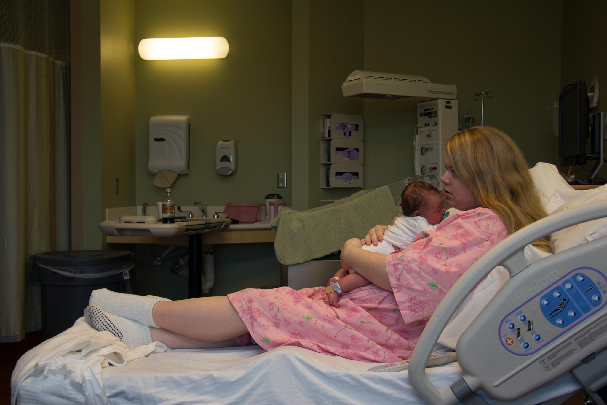WILMINGTON-SOUTHPORT-HOSPITAL-BIRTH-PORTRAIT-PHOTOGRAPHER-4