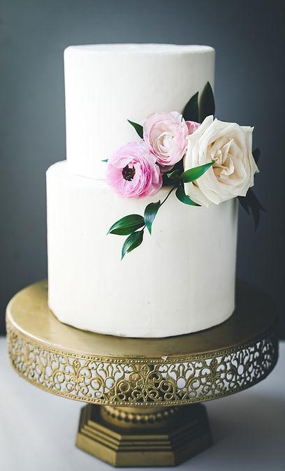 minimalistweddingcake (1 of 1).jpg