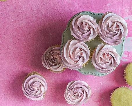 Who doesn't like cupcakes___#vanillacupc