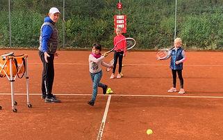 Tennisschule%20Miro_edited.jpg