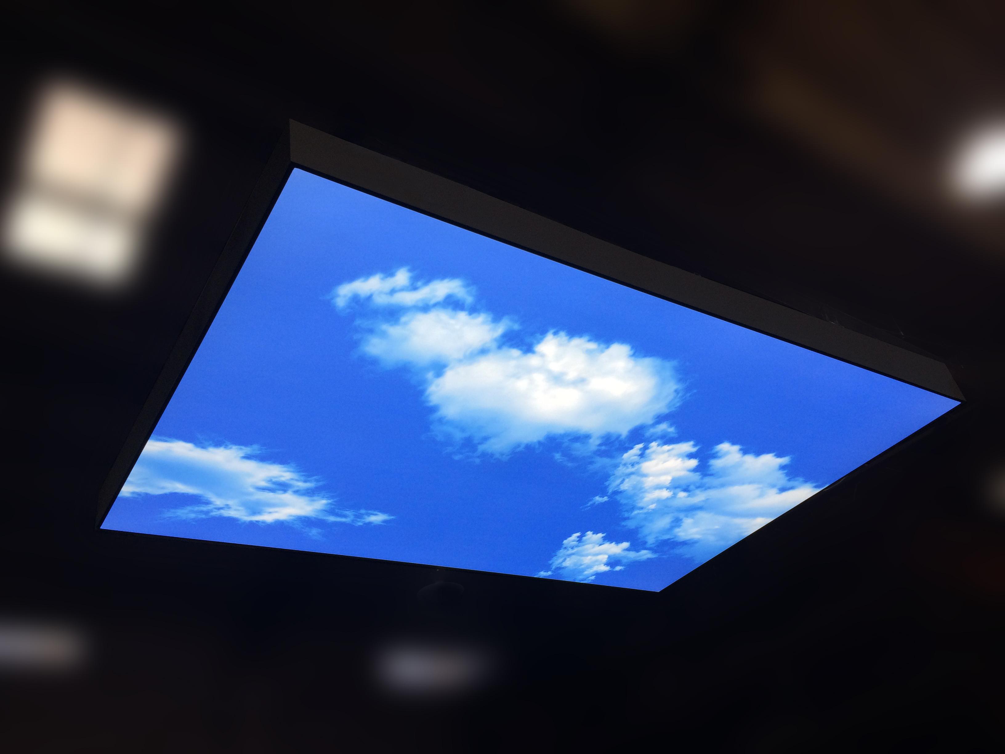 Static Sky light_neonny_stretch film_1.2x1.8m