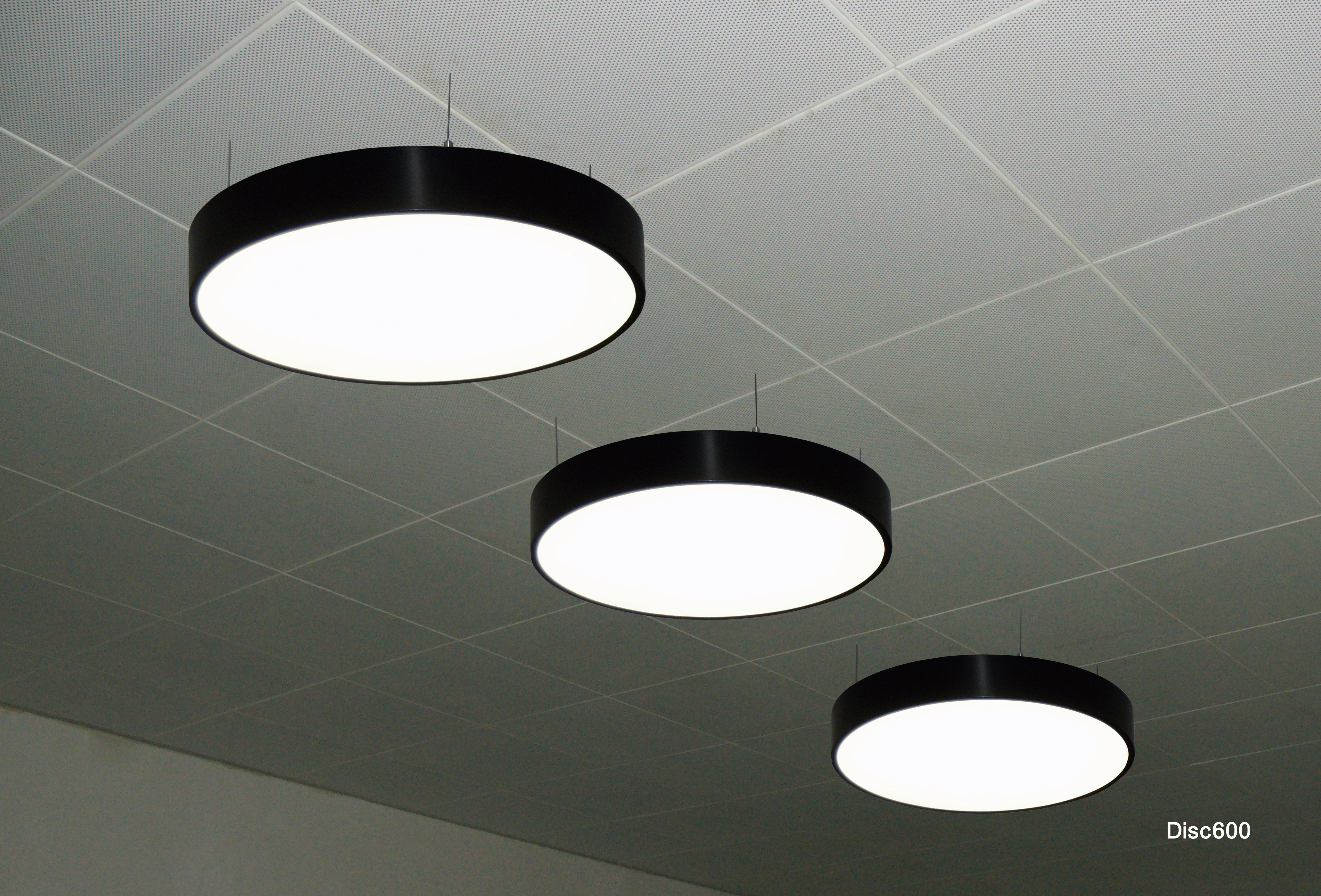 Disc 600 LED Light
