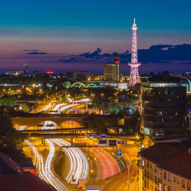 Stadtautobahn Berlin mit Funkturm