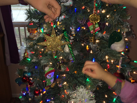Day 6: Decorate the Christmas Tree