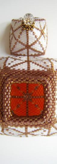 3 Whites/Bronze Pyramid Box