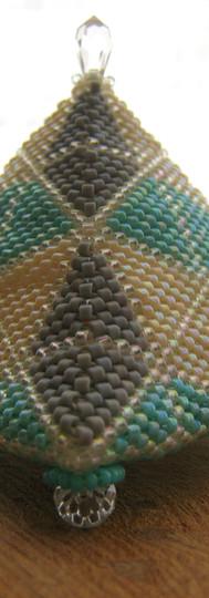 Turquoise/Grey/Cream Pyramid