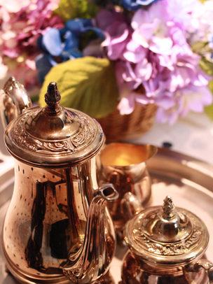 Blue valenties tea set