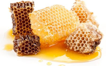 Honey: Raw, Organic, Pure, Wild, Multifloral. What does it mean?
