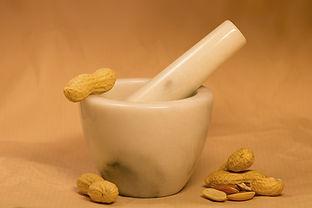 peanuts-1980544_1280.jpg