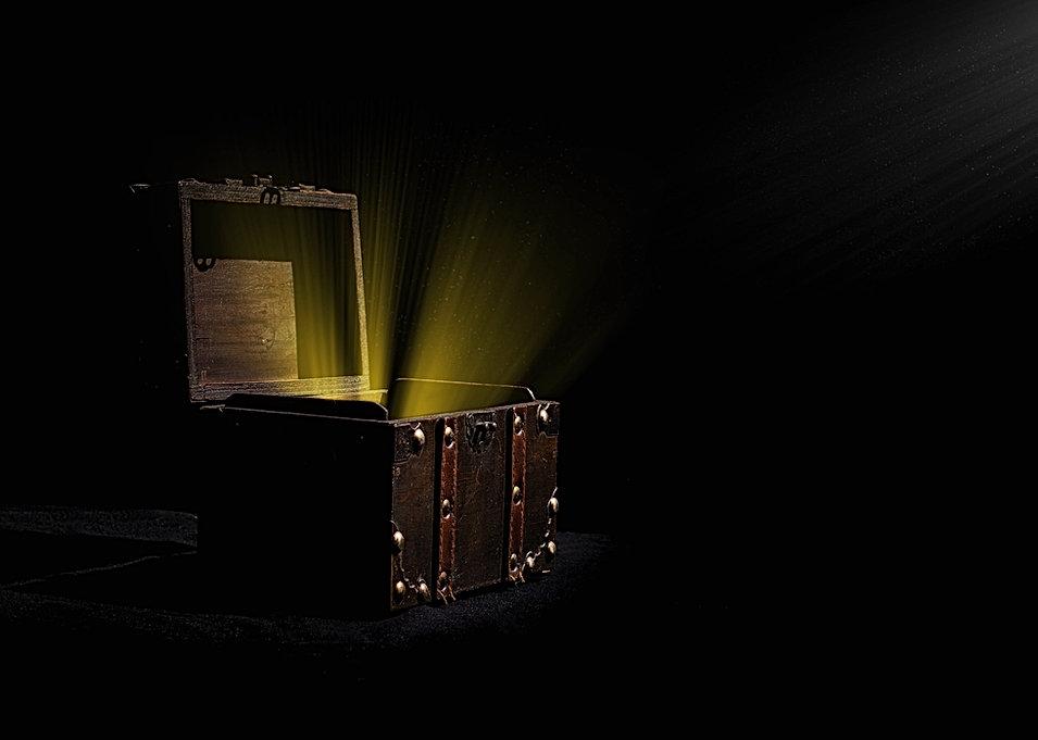 analogue-art-chest-366791.jpg