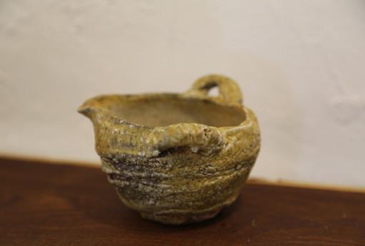 Pour bowl