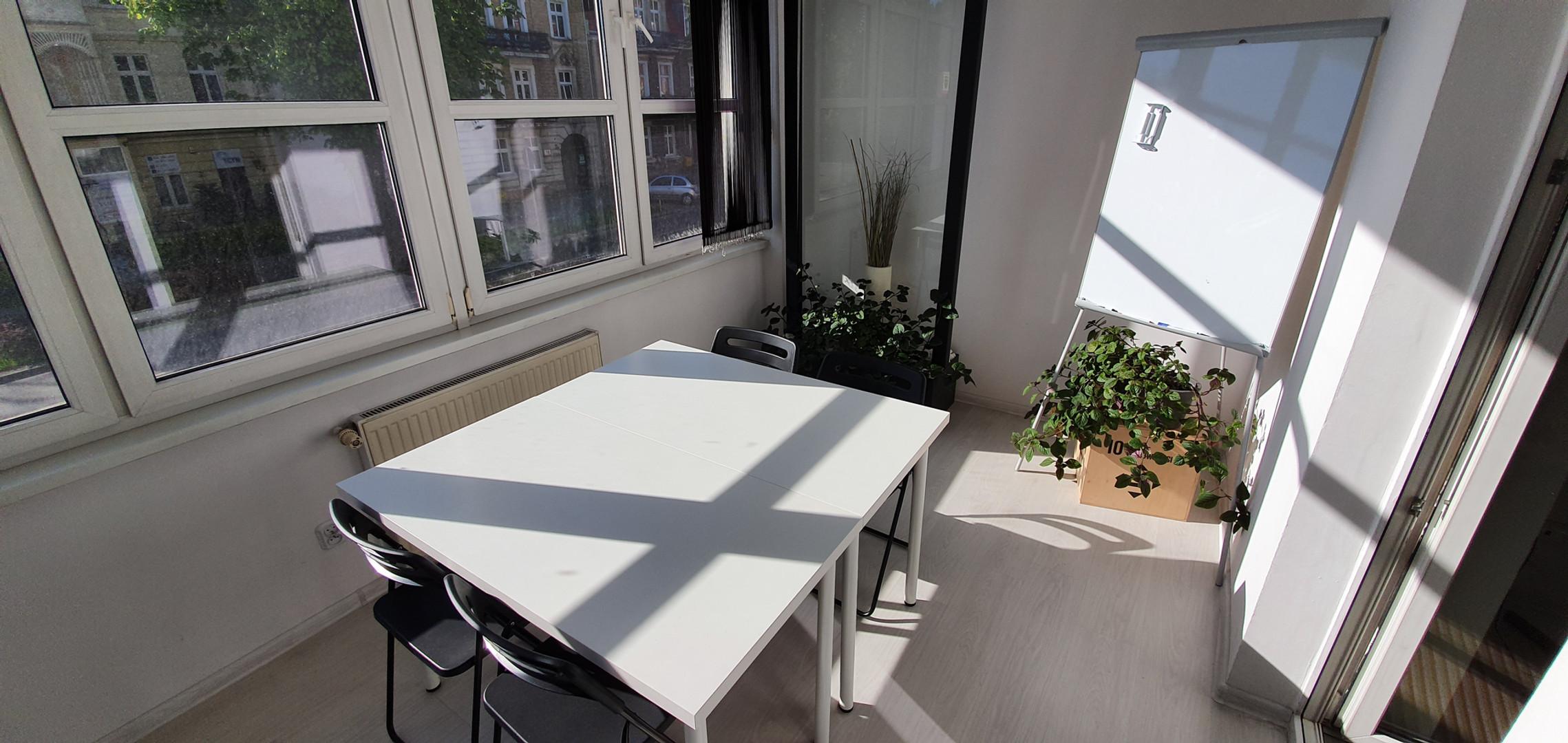 Jaśkowa 9_salka 'na balkonie' (2).jpg