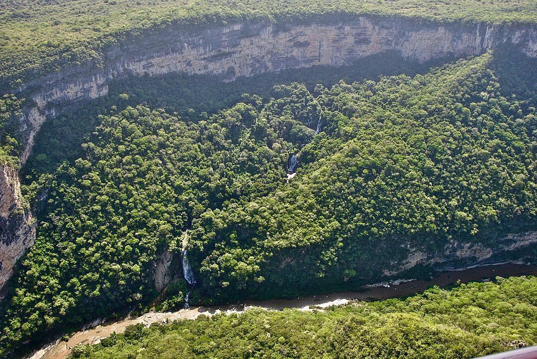 Vuelo a las Cascadas de la Conchuda