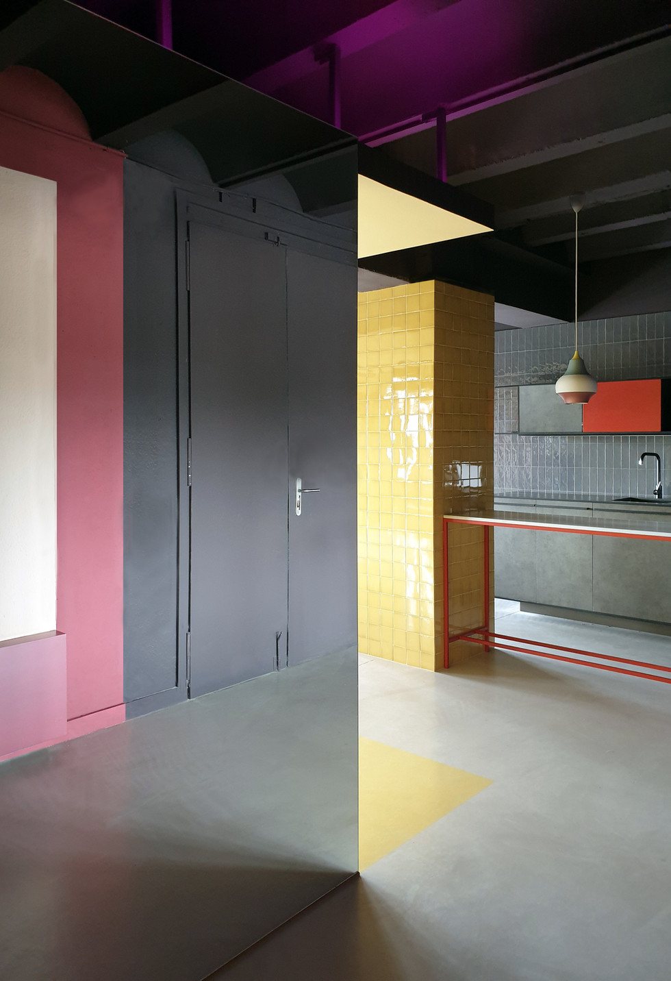 MHNL Unlimited Studio 02- Elvira Guardia