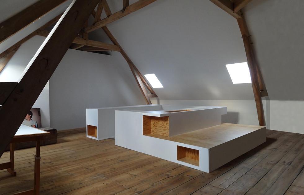 Maison LES ACACIAS, Amiens by Elvira Guardia