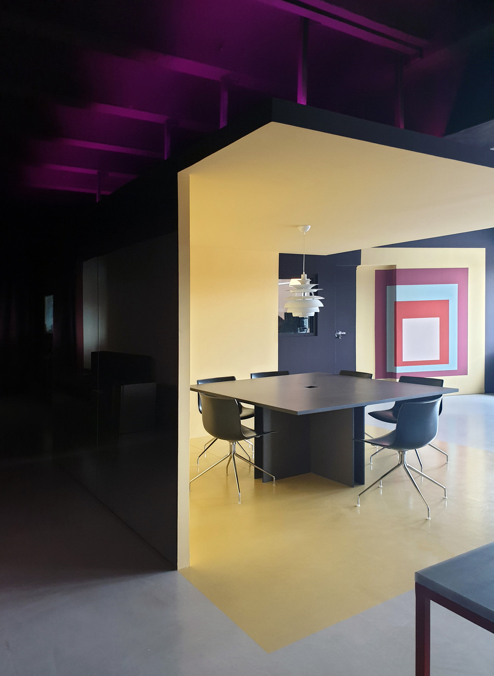MHNL Unlimited Studio 01- Elvira Guardia
