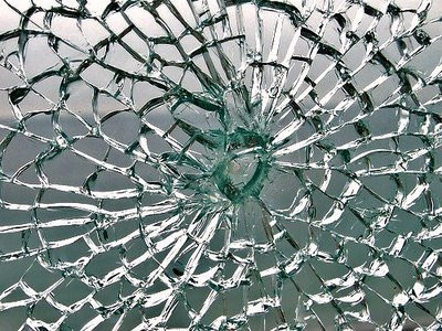 shattered-glass-1.jpg