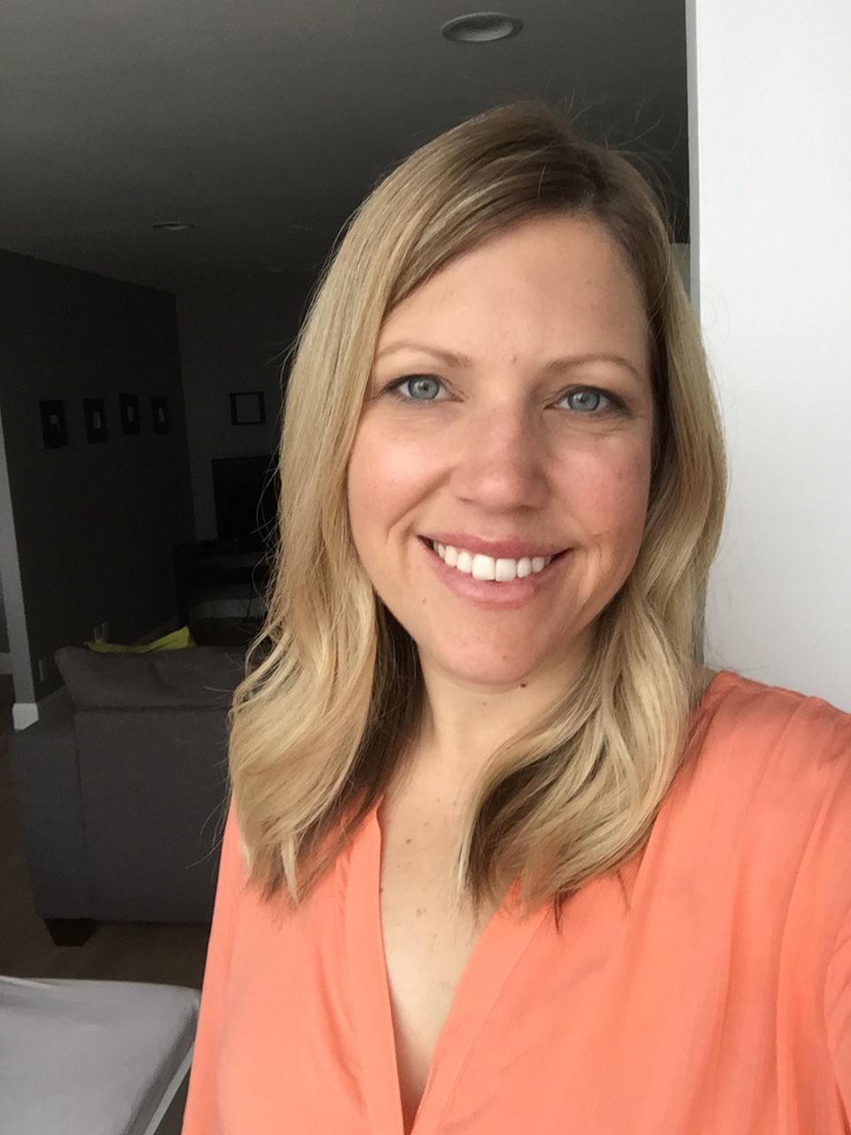 Jennifer Aprea school board candidate