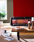 Living_Room_with_Red_Orange_Accents.jpg