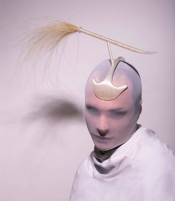 Leo Carlton Creates Fluidly Dynamic and Sustainable Headwear from Fermented Starch