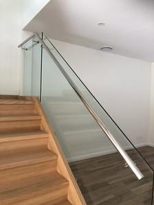 Stainless-steel-glass-balustrade-10.jpg