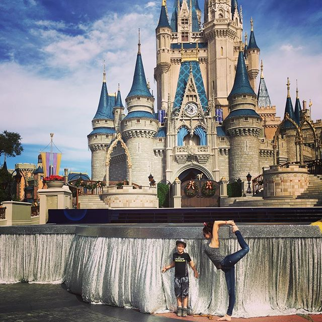 Some magic at the castle at the happiest place on earth!!! 💫 _#wishuponastar #disneyworld #dreams #