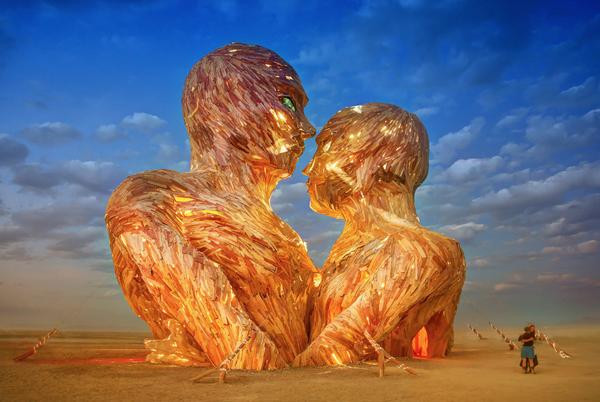 Burning Man Photo credit: https://twitter.com/TreyRatcliff/status/505073377850040320