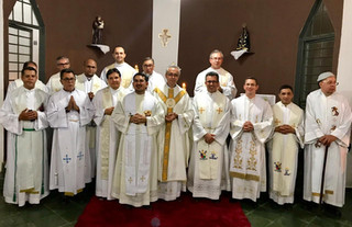Clero Diocesano reunido em Aruanã