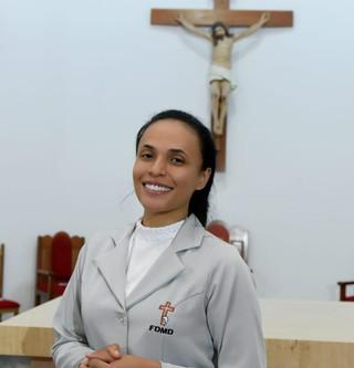 Irmã Neuza celebra Profissão Perpétua
