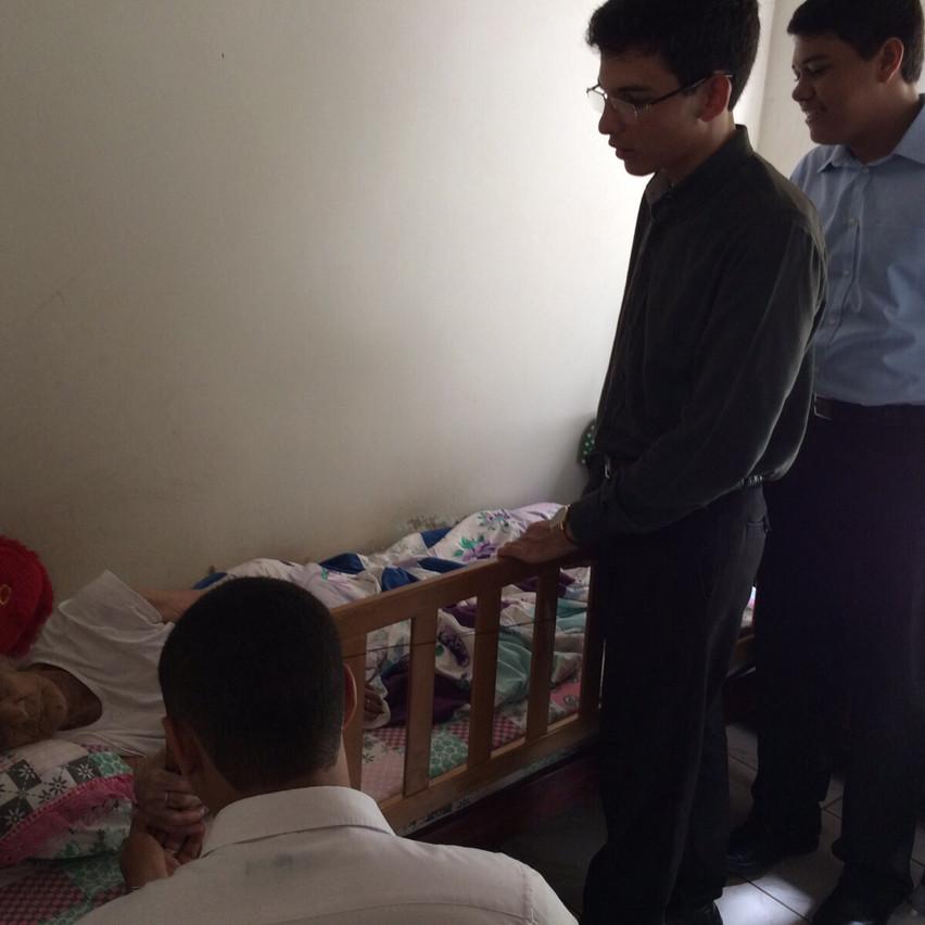 Visita aos enfermos em Araguapaz