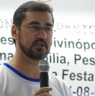 Papa Francisco nomeia bispo auxiliar de Goiânia