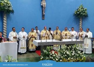 Solene Celebração marca a posse do novo pároco de Morro Agudo