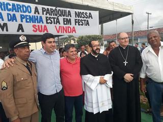 Faina acolhe Padre Ricardo como seu novo pároco.