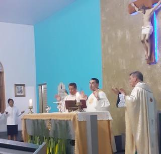 Padre Manoel se despede de Bandeirantes