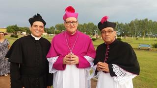 Padre Ricardo Luz assume a Paróquia de Mundo Novo