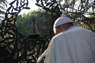 Monumento a Nossa Senhora Aparecida é inaugurado no Vaticano
