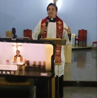O Espírito Santo não tem barreiras: Encontro de Pentecostes virtual
