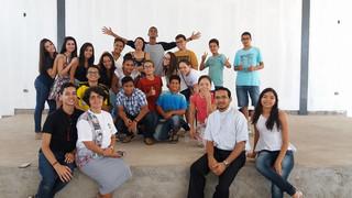 Encontro de treinamento para jovens em Crixás