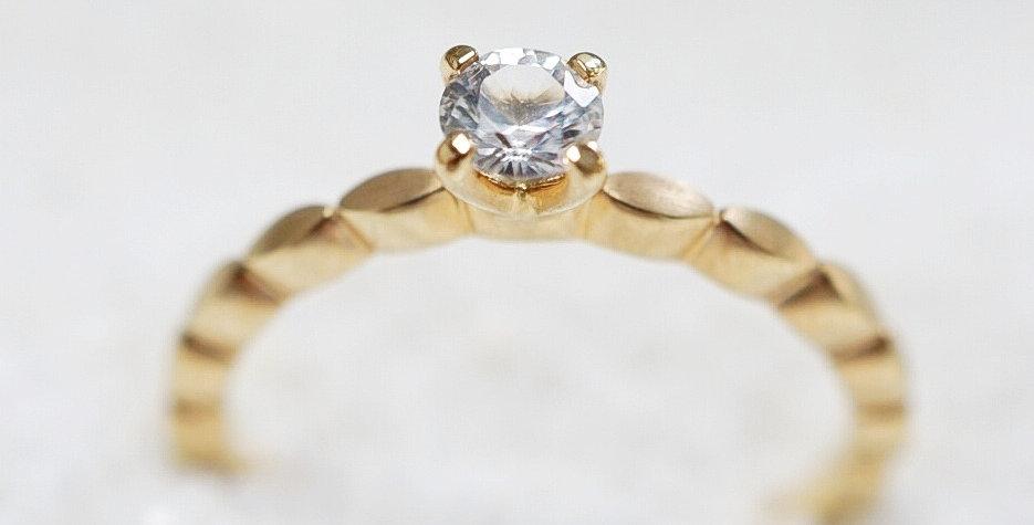 Ring infinity stone