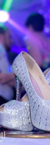 Zapatos_en_tanda_de_baile_quinceañera.jp
