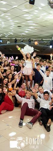 Foto_grupal_fin_de_fiesta_15_años.jpg