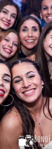 Foto_grupo_en_tanda_de_baile_quinceañera