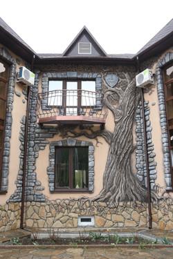 Фасад в барельефе 2