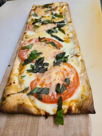 App_Flatbread_Margherita.jpg